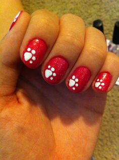 So cute...doing these in green and white for smudge pot!!!!