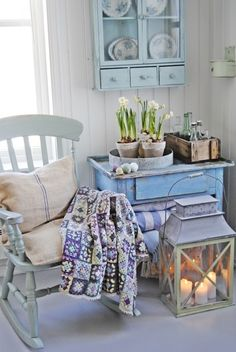 8 Super Genius Useful Ideas: Shabby Chic Bedroom Ikea shabby chic interior white wood.Shabby Chic Home Fairy Lights. Shabby Chic Mode, Shabby Chic Kitchen, Shabby Chic Style, Shabby Chic Decor, Country Kitchen, Country Living, Vintage Decor, Cottage Chic, Shabby Cottage