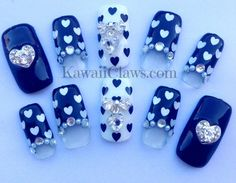 Black & White Heartswith bows false/fake 3D nails por KawaiiClaws