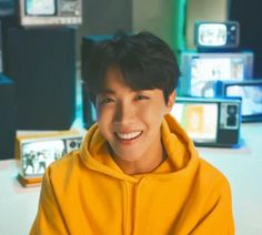 jhope, bts, and hoseok image Jung Hoseok, Kim Namjoon, Seokjin, Foto Bts, Bts Photo, Taehyung, Seungri, Bts Boys, Bts Bangtan Boy