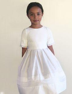 e55631780f9b Glory Cotton with Lace and Tucks Girls Dress. Abiti Per La Prima  ComunioneVestiti Di CotoneAbiti Da ...