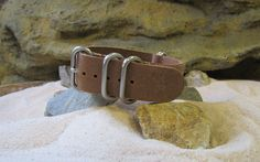 The Admiral Leather 5-Ring ZULU w/ Brushed Hardware 18mm