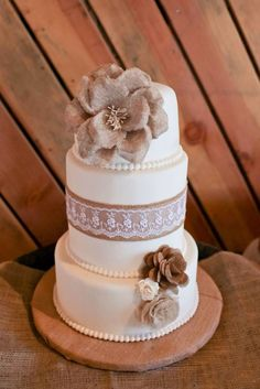 Rustic burlap and lace :  wedding barrel burlap cake inspiration ivory lace reception rustic white Burlapandlace