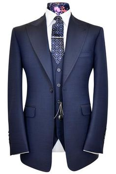 Oxford blue three piece peak lapel suit with pinhead weave William Hunt, Savile Row. Mens Fashion Suits, Mens Suits, Made To Measure Suits, Mode Costume, Style Masculin, Oxford Blue, Three Piece Suit, Tailored Suits, Well Dressed Men