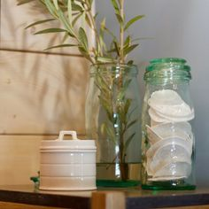 Deco Retro, Decoration, Glass Vase, Home Decor, Decor, Decoration Home, Room Decor, Decorations, Decorating