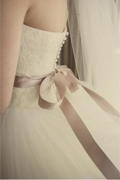 Vera Wang Inspired Tulle Lace Wedding Dress #Bridal