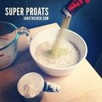Up your #oatmeal game with SUPER PROATS. Skoop & protein = 30g protein & 9g fiber. What? #janethejock
