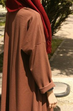 Stylish Hijab, Casual Hijab Outfit, Hijab Dress, Abaya Fashion, Modest Fashion, Girl Fashion, Fashion Outfits, Hijab Style, Hijab Chic