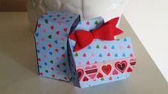 Tutorial e TEMPLATE per la realizzazione di una scatolina a forma di cuore da regalare per il giorno di San Valentino