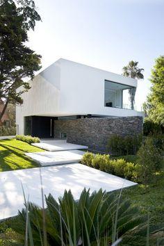 CARRARA HOUSE • 2010 • Buenos Aires, Argentina • Andres Remy Arquitectos, http://www.andresremy.com/