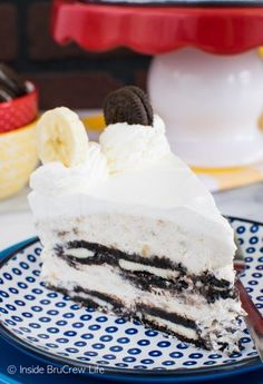 Layers of Oreo cookies and no bake banana cheesecake makes this an awesome summer treat. See it HERE! Oreo Banana Cream Icebox Cake submitted by Inside BruCrew Life The post Oreo Banana Cream Icebox C