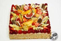 Tutti frutti sur base de génoise et crème diplomate.