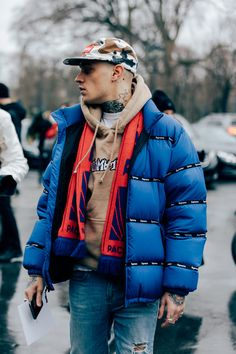 The Best Street Style from the Fall/Winter 2017 Fashion Shows Around the World Photos | GQ