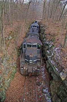 YSE northbound Mill Rock by John Leopard