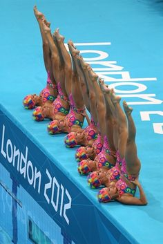 One of my fav sports: Syncronized Swimming