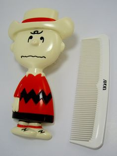 Vintage Avon Charlie Brown Brush and Comb