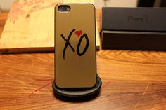 Weeknd Gold / Xo / Overdose / Drake / OVO / Thursday Apple Iphone 5 Case. $15.00, via Etsy.