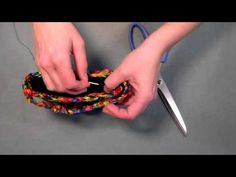 how to line a knit or crochet purse - http://www.knittingstory.eu/how-to-line-a-knit-or-crochet-purse/