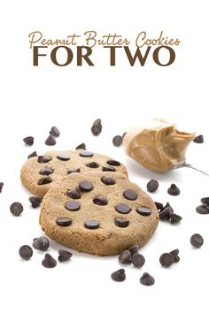 Low Carb Peanut Butter Cookies for Two - this makes just the right amount! Keto LCHF Banting THM Atkins Recipe. via @dreamaboutfood