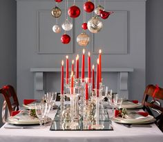 3 Easy Holiday and Christmas Centerpieces