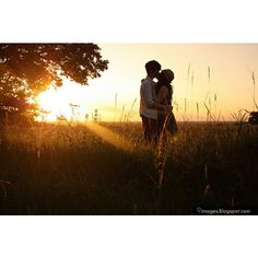 Kiss, hugging, teen, couple, sunset, adorable ❤ liked on Polyvore
