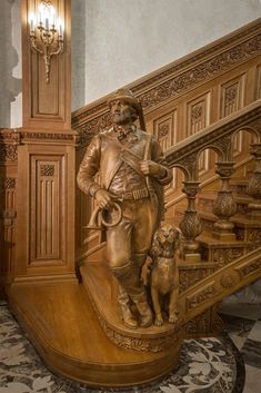 44 Super Ideas For Wooden Stairs Design Awesome Iron Stair Railing, Wood Staircase, Wooden Stairs, Banisters, Staircase Design, Interior Staircase, Wood Carving Art, Wood Art, Escalier Art