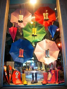 13 Rainbow Themed Decorations For Your Magical Home - HomelySmart - HomelySmart Boutique Window Displays, Window Display Retail, Christmas Window Display, Store Displays, Display Windows, Visual Merchandising Displays, Visual Display, Vitrine Design, Magical Home
