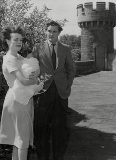 The tenth Duke of Rutland, Charles Manners, with his wife Frances and their newborn son David, at Belvoir Castle in 1959