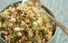 Not-Tuna Salad      1 (15-ounce) can no-salt-added garbanzo beans, rinsed and drained     1/2 apple, cored and chopped     1/4 cup finely chopped celery     1/4 cup chopped pecans     2 tablespoons dill relish     2 tablespoons finely chopped red onion     2 tablespoons chopped fresh dill     2 tablespoons fresh lemon juice     1 teaspoon kelp granules     Ground black pepper to taste