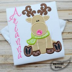Reindeer Sitting with both applique & filled antlers - Beau Mitchell Boutique