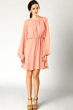 Love the feminine quality of this dress. Another casual day out.