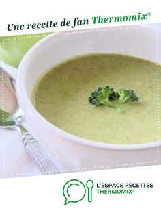 Cream of broccoli soup with Kiri by Naupi. A fan recipe to find in the category Soups on www.espace-recett …, from Thermomix®. Easy Chicken Recipes, Baby Food Recipes, Vegan Recipes, Vegan Vegetable Soup, Fermented Bread, Cream Of Broccoli Soup, Cream Soup, How To Make Dough, Vegane Rezepte