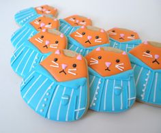 You're the Cat's Pajamas! Thank You Cookies from a Candy Corn Cutter | Make Me Cake Me
