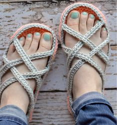 This crochet project will leave you feeling comfortably cool throughout the summer when its too hot for slippers, but a little too cold to go barefoot inside.