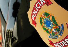 A Polícia Federal comunica que nas primeiras horas de hoje (02/12), policiais federais em operação de rotina visando coibir o tráfico de drogas, prenderam em flagrante delito, na BR-316, por ocasião d ...