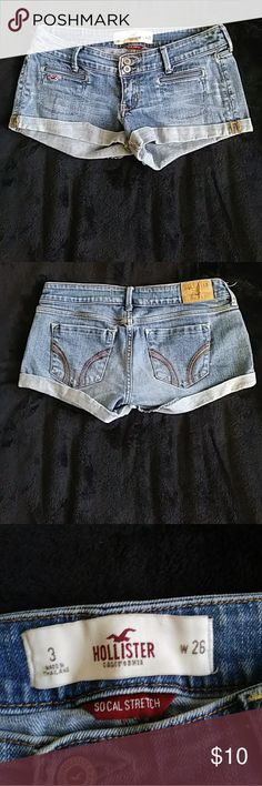Denim Hollister Shorts Back and front pockets. Back tag faded, otherwise good condition. Hollister Shorts Jean Shorts