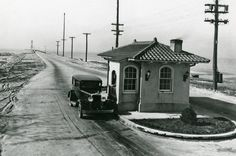 Looking back at the Nov. 17, 1928 opening of the James River Bridge. http://bit.ly/1MSWhsX -- Mark St. John Erickson