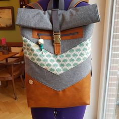 (Werbung) Es ist vollbracht! Mein erster Rucksack ist nun fertig.  Eine Auftragsarbeit aus Dezember die ich jetzt endlich fertig genäht… Backpacks, Instagram, Bags, December, Advertising, Handbags, Backpack, Backpacker, Bag