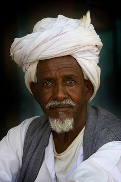Man from Keren, Eritrea - by Eric Lafforgue