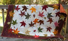 Gorgeous appliqued leaf quilt. I've usually not liked applique that I've seen but this one is spectacular.