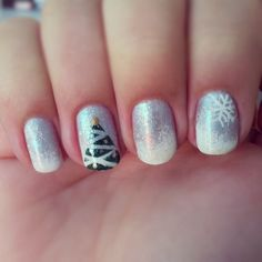 Winter nails christmas tree