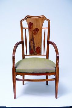 Louis Majorelle (1859-1926) - Arm Chair. Carved Wood with Marquetry Inlay.