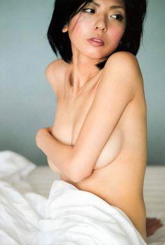 宮地真緒(32)「全裸になってます…」⇒一糸まとわぬヌード画像がこちら…(※画像あり) | 動ナビブログ ネオ