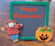 Halloween table sign decoration made with free craft instructions from Craft Elf.