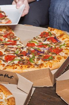 Slut shirs pizza