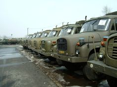 Tatra 148 U Bahn, Indian Army, Four Wheel Drive, Mobile Homes, New Series, Cool Trucks, Czech Republic, Motor Car, Cars And Motorcycles