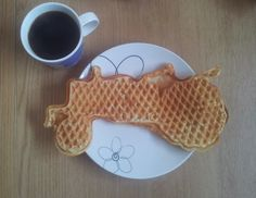 Gunns momsemat: Grandma's waffles- Vafler fra Moods of Norway Norway Design, Shop Ideas, Coffee Shop, Waffles, Mood, Snacks, Breakfast, Coffee Shops, Breakfast Cafe