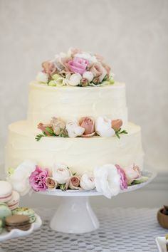 how to decorate a wedding cake with fresh roses google search
