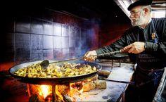 Er dette verdens beste paella?  - VG Nett om Reiselivsnyheter Paella, Ds, Ethnic Recipes, Food, Viajes, Essen, Meals, Yemek, Eten