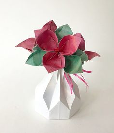 62 best small origami flower arrangements images on pinterest origami gifts origami art origami flowers traditional japanese art amazing gifts ikebana easy crafts flower arrangements best gifts mightylinksfo